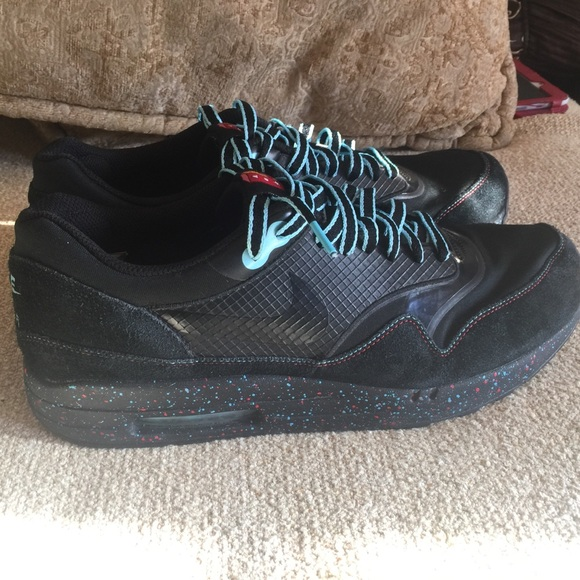 0ee944b73f Parra x Nike air maxim 1+ loners black rare sz 12.  M_5b8ff879e9ec89e6d6608ff5